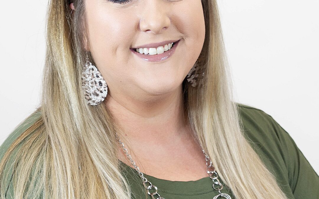 Mandy Wright ~ Beam & Branch Realty Agent
